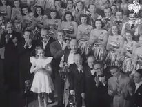 Julie Andrews (Aged 13) Sings for King George VI in 1948