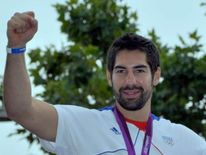 Nikola Karabatic with his Olympic gold medal in London 2012