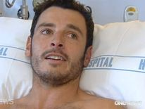 Darren Mills in his hospital bed. Pic: ONE News.