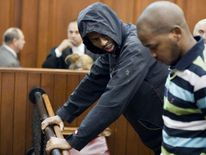 Xolile Mngeni (L) and Mziwamadoda Qwabe in court over Anni Dewani killing