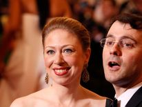 Chelsea Clinton and husband Marc Mezvinsky arrive at the Metropolitan Museum of Art Costume Institute Benefit in New York