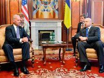 Ukraine's acting President Turchinov meets with U.S. Vice President Biden in Kiev