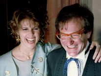 Actress Pam Dawber And Robin Williams