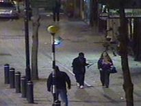 CCTV image of missing Croydon teenager Shelley Pratt