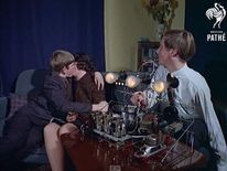 British Pathe puts its entire archive on YouTube- Teenagers test out the 'Snogometer'