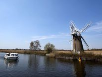 The Norfolk Broads in the sun in May