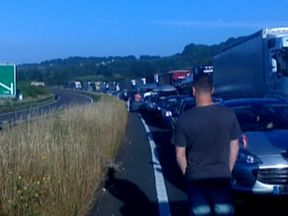 Long queues on the approach to Dover. Pic: Richard Chubbs