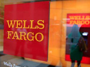 Wells Fargo boss John Stumpf gives up $41m over bonus fraud