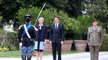 Theresa May and Matteo Renzi