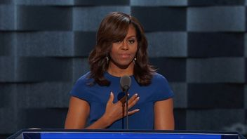 Michelle Obama makes impassioned appeal for voters to choose Hillary Clinton.