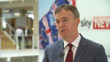 Jeremy Darroch is the chief executive of Sky plc