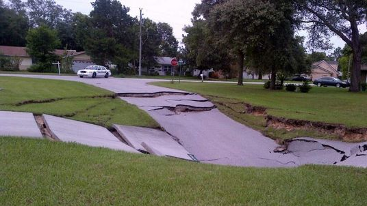 A sinkhole in Spring Hill, Florida. Pic: Hernando County Sheriff's Office