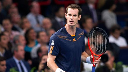 Andy Murray wins his first match in the Paris Masters
