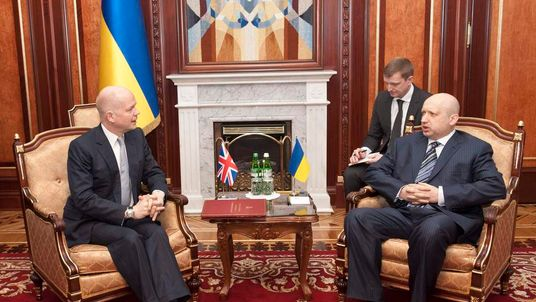 Ukraine's acting President Turchinov meets with British Foreign Secretary Hague in Kiev