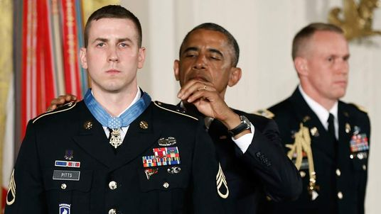 Obama Awards Medaql Of Honor To Retired Army Staff Sargent Ryan Pitts