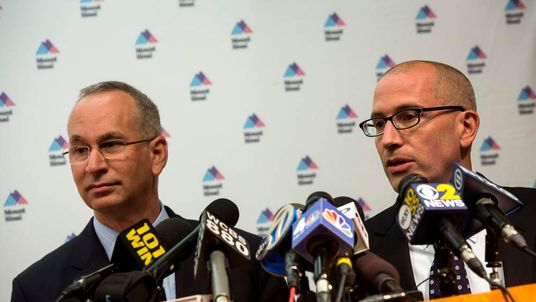 Chief Medical Officer for Mount Sinai Health System Jeremy Boal (R) and David Reich, M.D., (L), President of Mount Sinai Hospital