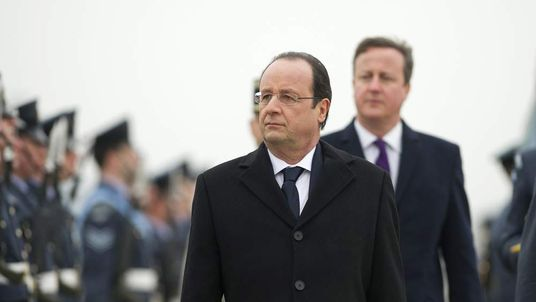 French President Francois Hollande is welcomed to the UK by David Cameron.