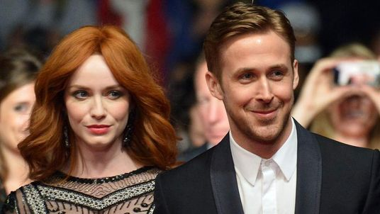 Ryan Gosling (R) and Christina Hendricks