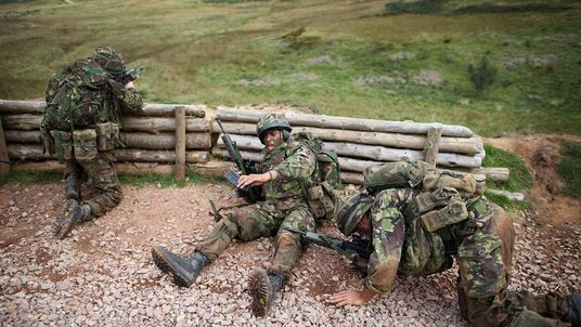 Army reserves in training