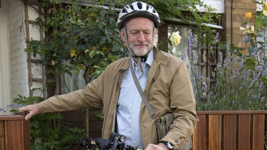 Jeremy Corbyn leaves his home ahead of High Court case