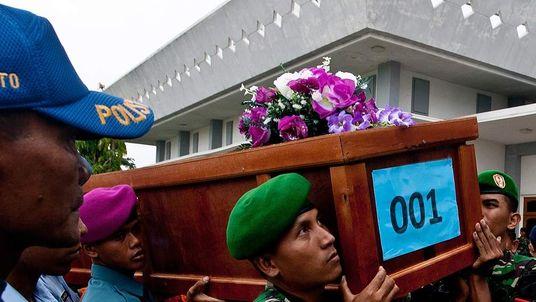 AIR ASIA crash - first coffin