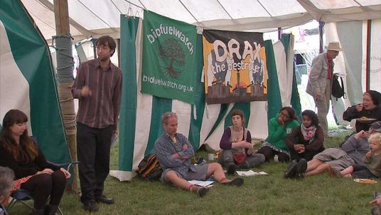 Fracking protesters meet in Balcombe