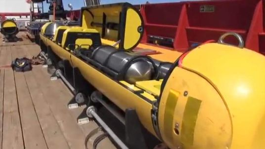 Missing Plane mini submarine