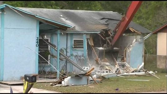 Demolition begins of Florida house where sinkhole opened up