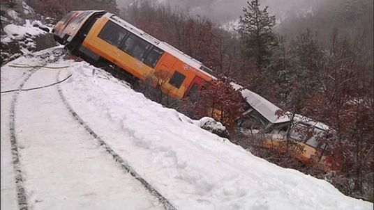 Train derails in French Alps
