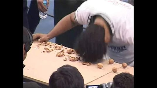 Man smashes walnut cracking record at Punjab Youth Festival