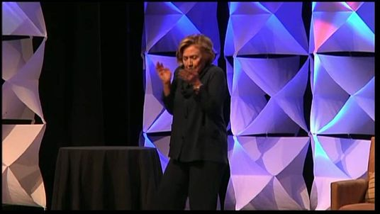 Hillary Clinton dodging a shoe thrown at Las Vegas speech