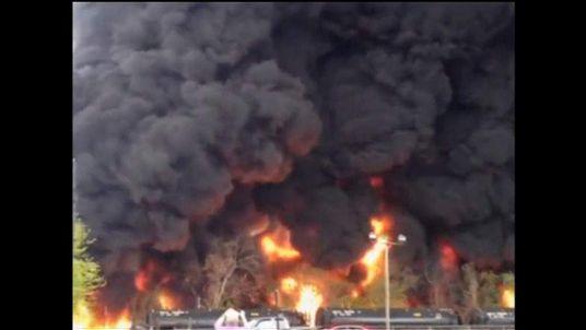 US Virginia train derailment and fire