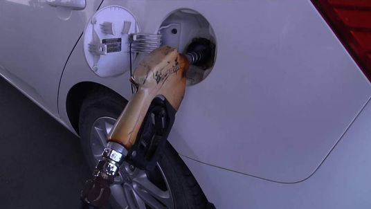 Apple Iraq Fuel Shortage Petrol Pump Iraq