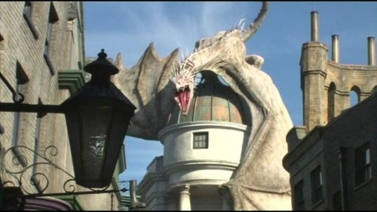 Universal Studios opens Diagon Alley, its new Harry Potter attraction