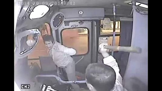 Wound-be thief hit by bus driver in Chile