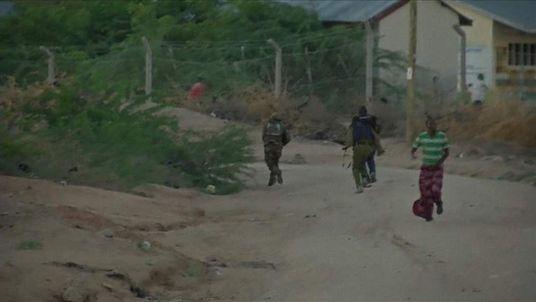 Students flee gunmen at Garissa University College campus in Kenya
