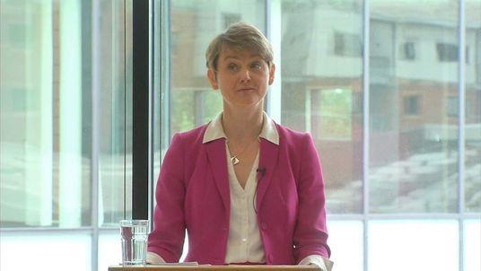 abour leadership contender Yvette Cooper addresses supporters