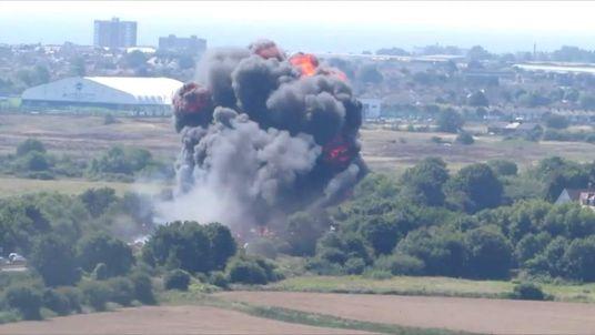 Airshow jet crash