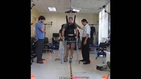 Paralysed Man In US Walks