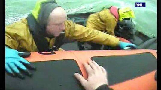 Clifden RNLI rescue four fish farmers