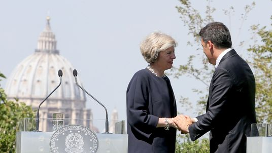 Theresa May and Italian PM Matteo Renzi attend a press conference at the end of their meeting at Villa Pamphili