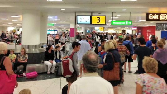 Gatwick baggage delays