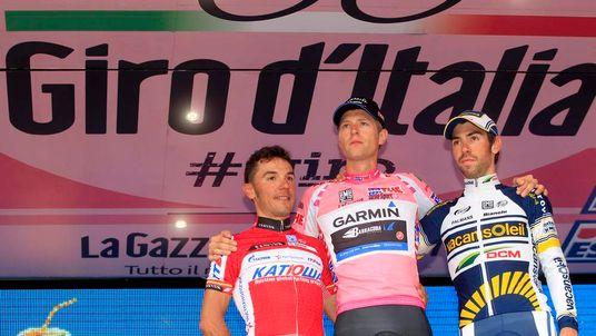 Giro winner Ryder Hesjedal of Canada (C)
