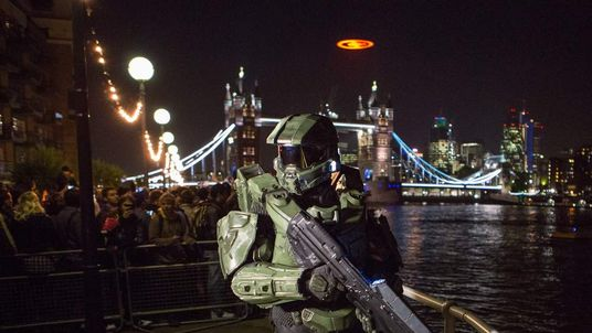 Master Chief at Halo 4 launch in London