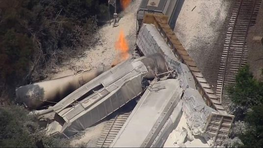 Trains crash in Arkansas