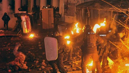 UKRAINE-EU-RUSSIA-UNREST-POLITICS-DEMO
