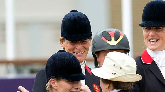 Princess Royal presented silver to her daughter Zara Phillips in team eventing