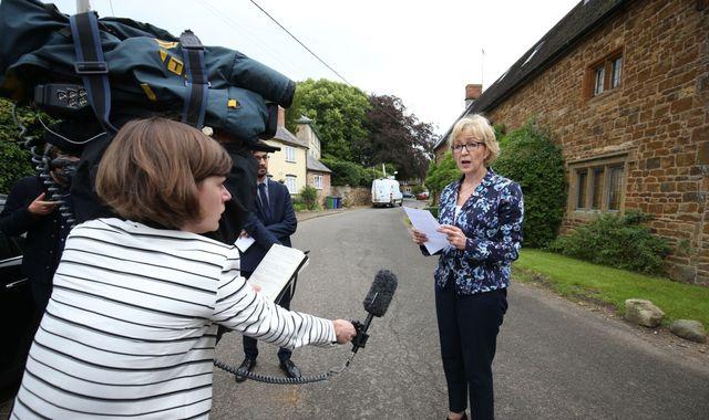 UK Conservative candidate apologizes over motherhood remarks