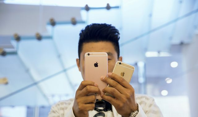 Oppo becomes smartphone market leader in China