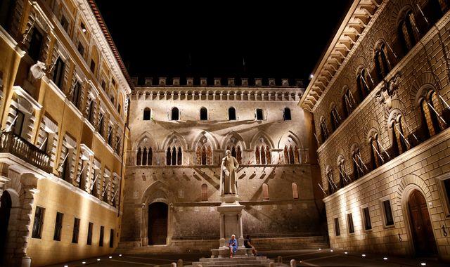 World's oldest bank Monte dei Paschi in share price plunge